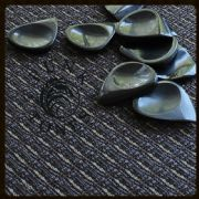 Funk Tones - Black Horn - 1 Guitar Pick | Timber Tones